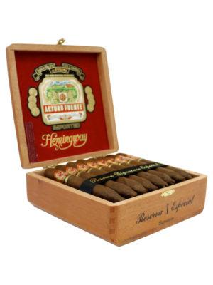 Arturo Fuente Hemingway Signature Cigar