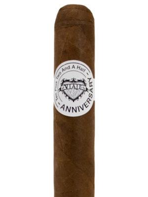 Viaje Anniversary Gold Cigar